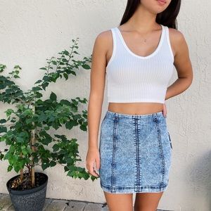 Free People | Acid Wash Denim Mini Skirt 🌼